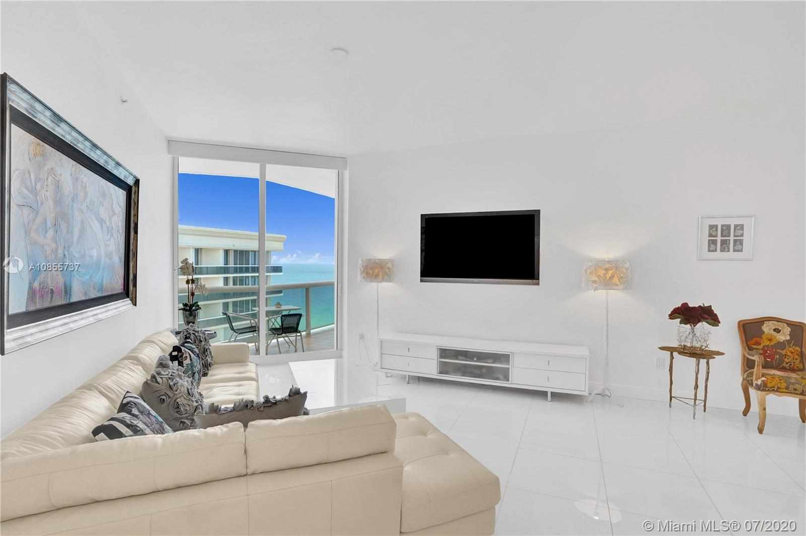 9559 Collins Ave #PH-D photo03