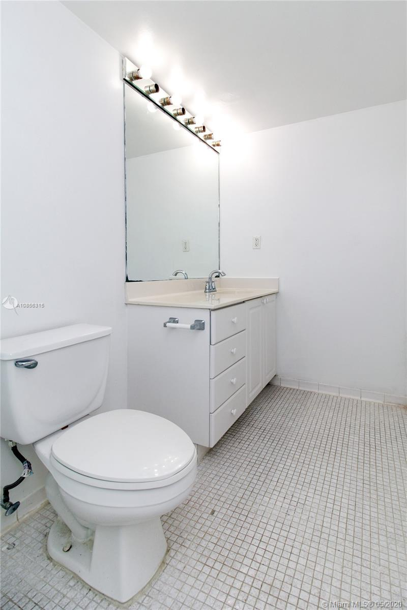 19380 Collins Ave #1521 photo031