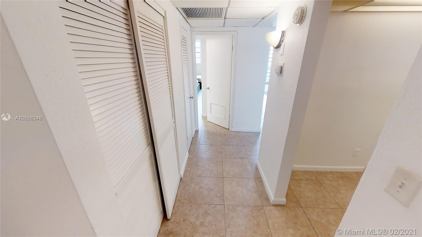 19370 Collins Ave #1410 photo04