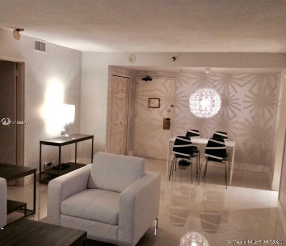 5225 Collins Ave #1205 photo02