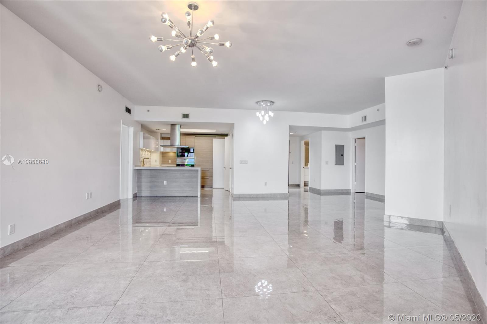 17301 Biscayne Blvd #308 photo013