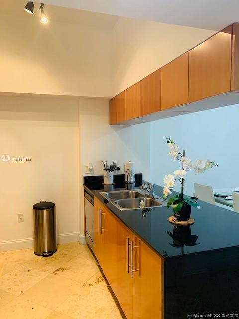Photo of 1750 N Bayshore Dr #5605 listing for Sale