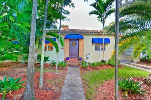 314 Romano Ave, Coral Gables, Florida 33134, 2 Bedrooms Bedrooms, 2 Rooms Rooms,1 BathroomBathrooms,Residential,For Sale,314 Romano Ave,A10857203