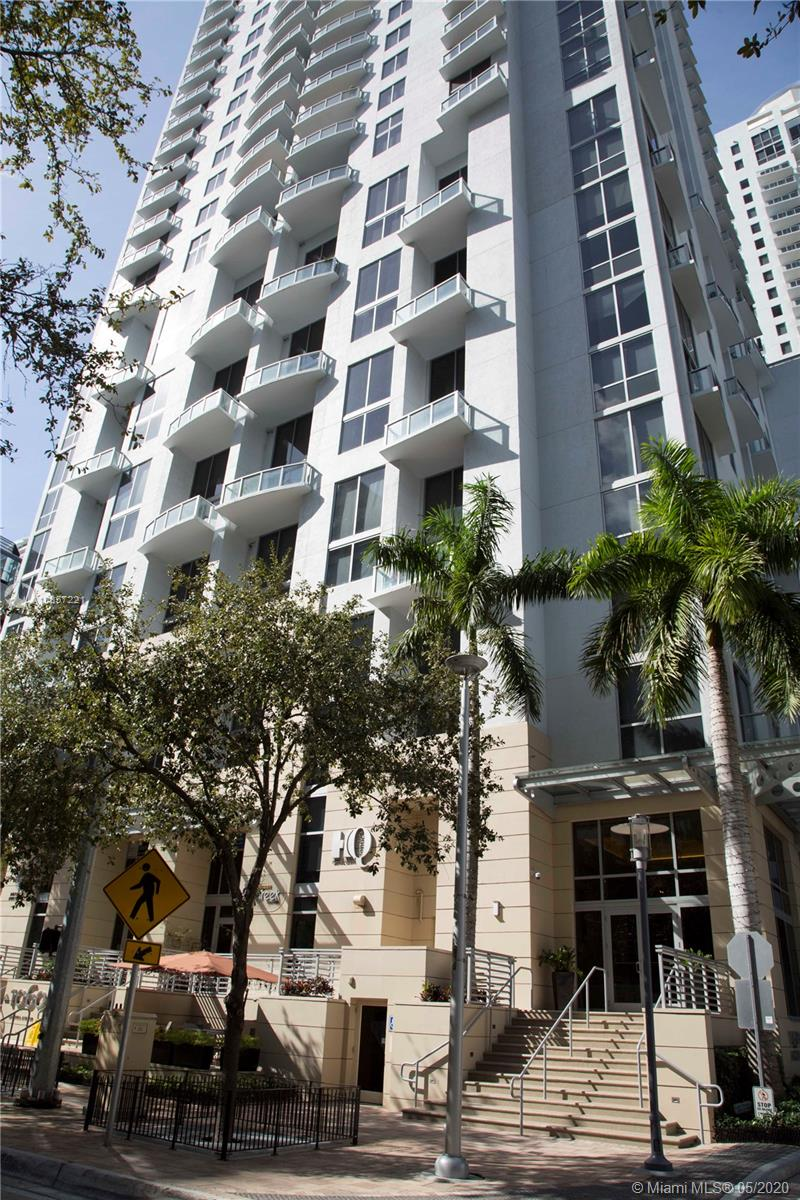 1050 Brickell Ave #2418 photo056