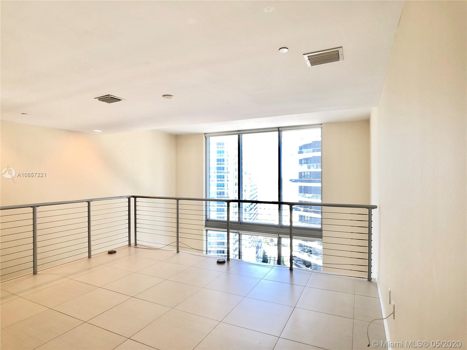1050 Brickell Ave #2418 photo017