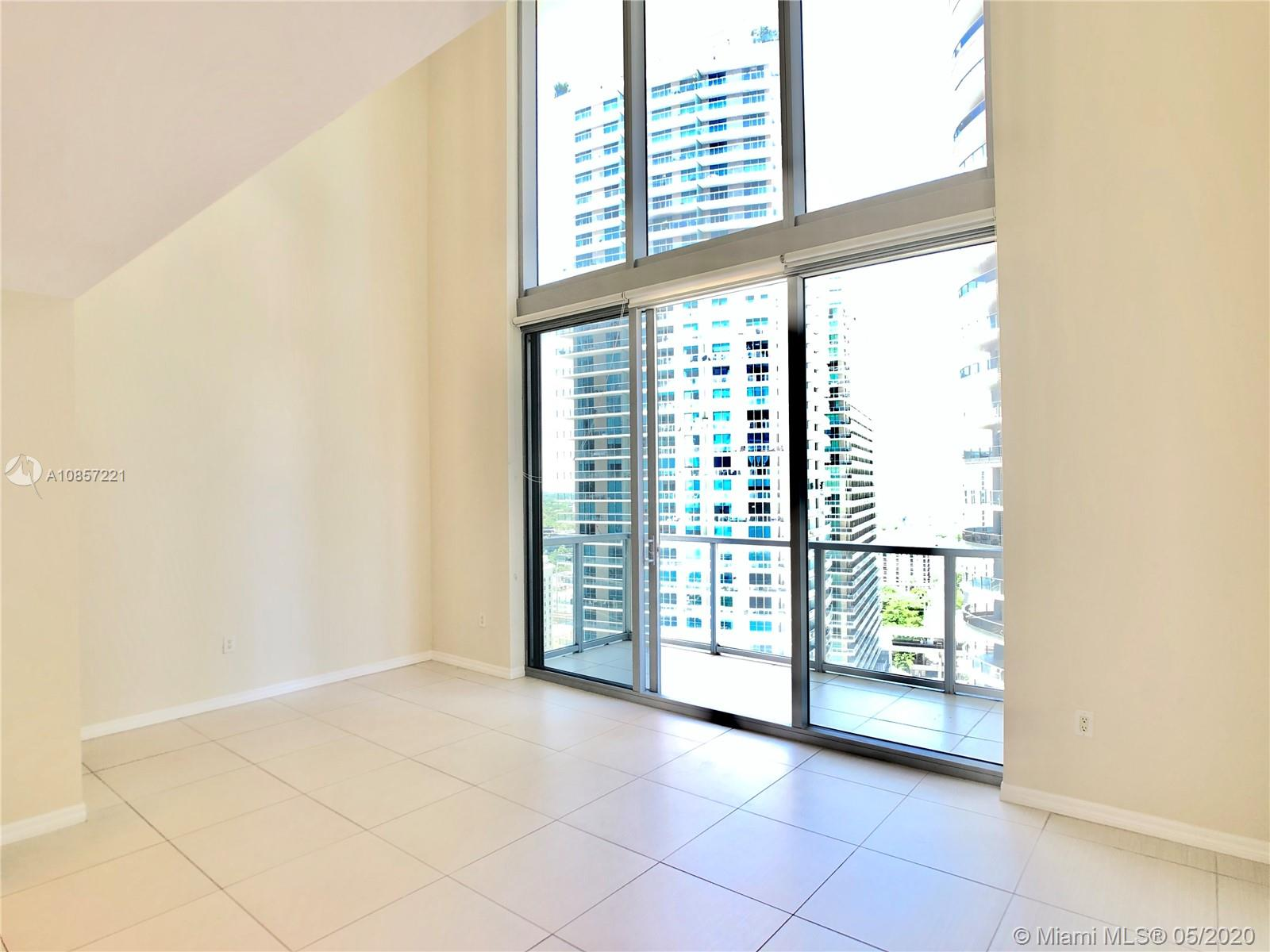 1050 Brickell Ave #2418 photo012