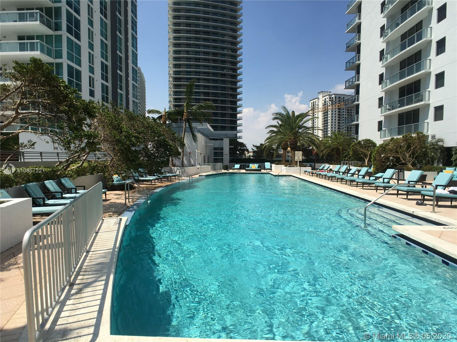 1050 Brickell Ave #2418 photo036