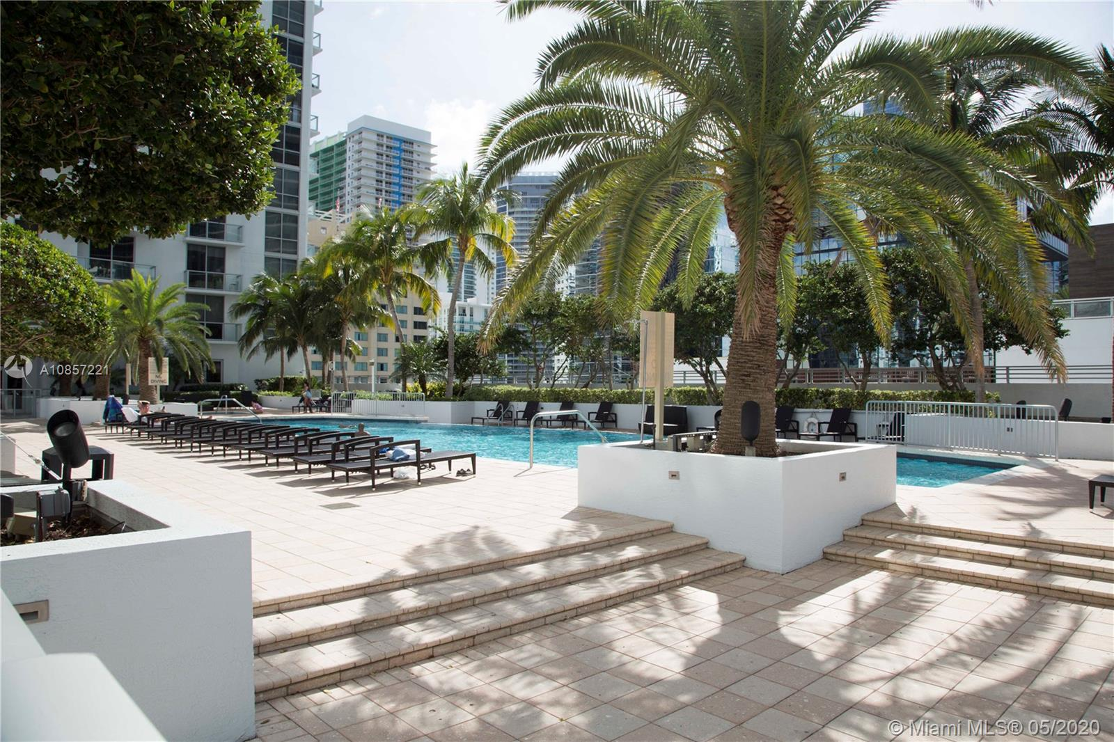1050 Brickell Ave #2418 photo034