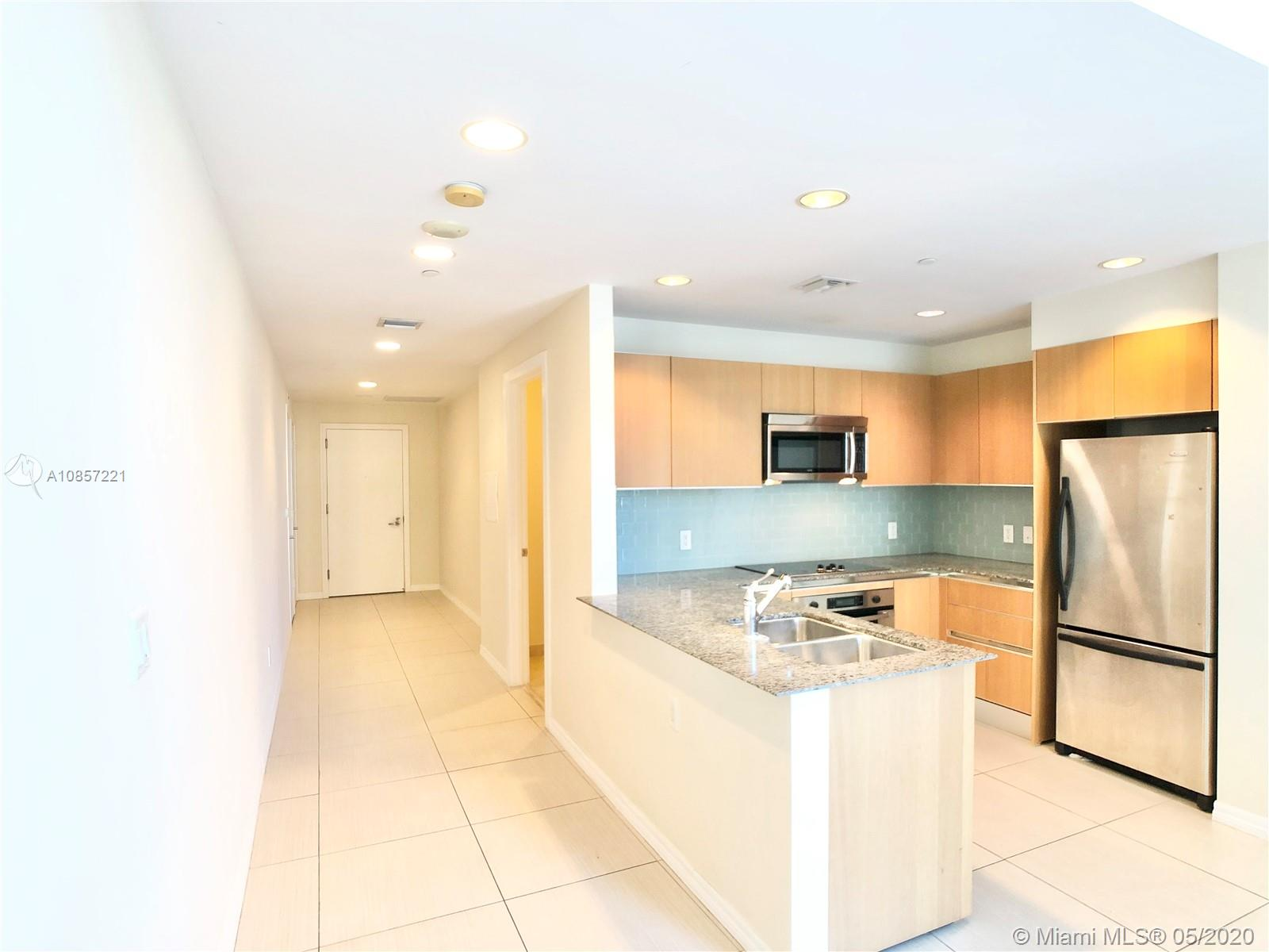 1050 Brickell Ave #2418 photo08