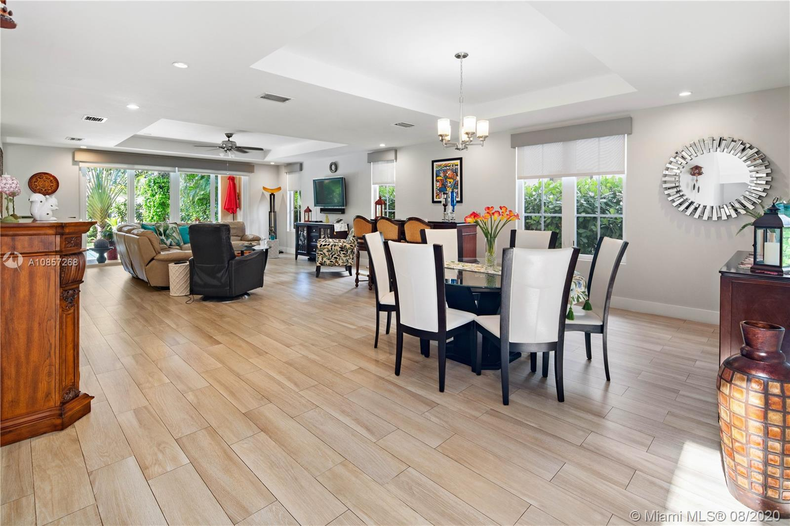 405 Majorca Ave, Coral Gables, Florida 33134, 4 Bedrooms Bedrooms, ,3 BathroomsBathrooms,Residential,For Sale,405 Majorca Ave,A10857268