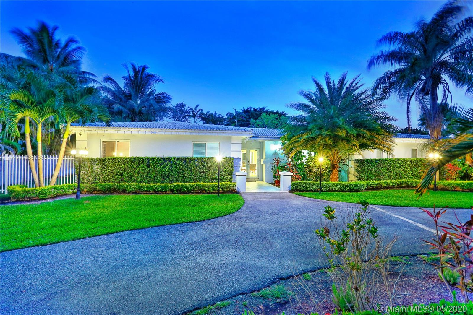 8240 SW 152nd St, Palmetto Bay, Florida 33157, 5 Bedrooms Bedrooms, ,3 BathroomsBathrooms,Residential,For Sale,8240 SW 152nd St,A10857338