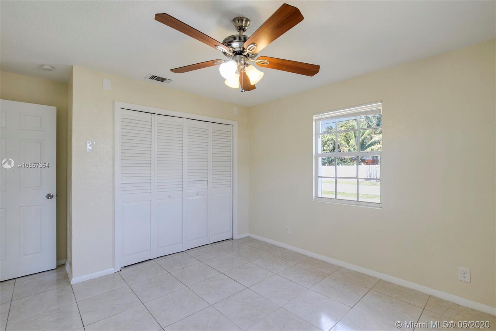 Homes for Sale in Zip Code 33462
