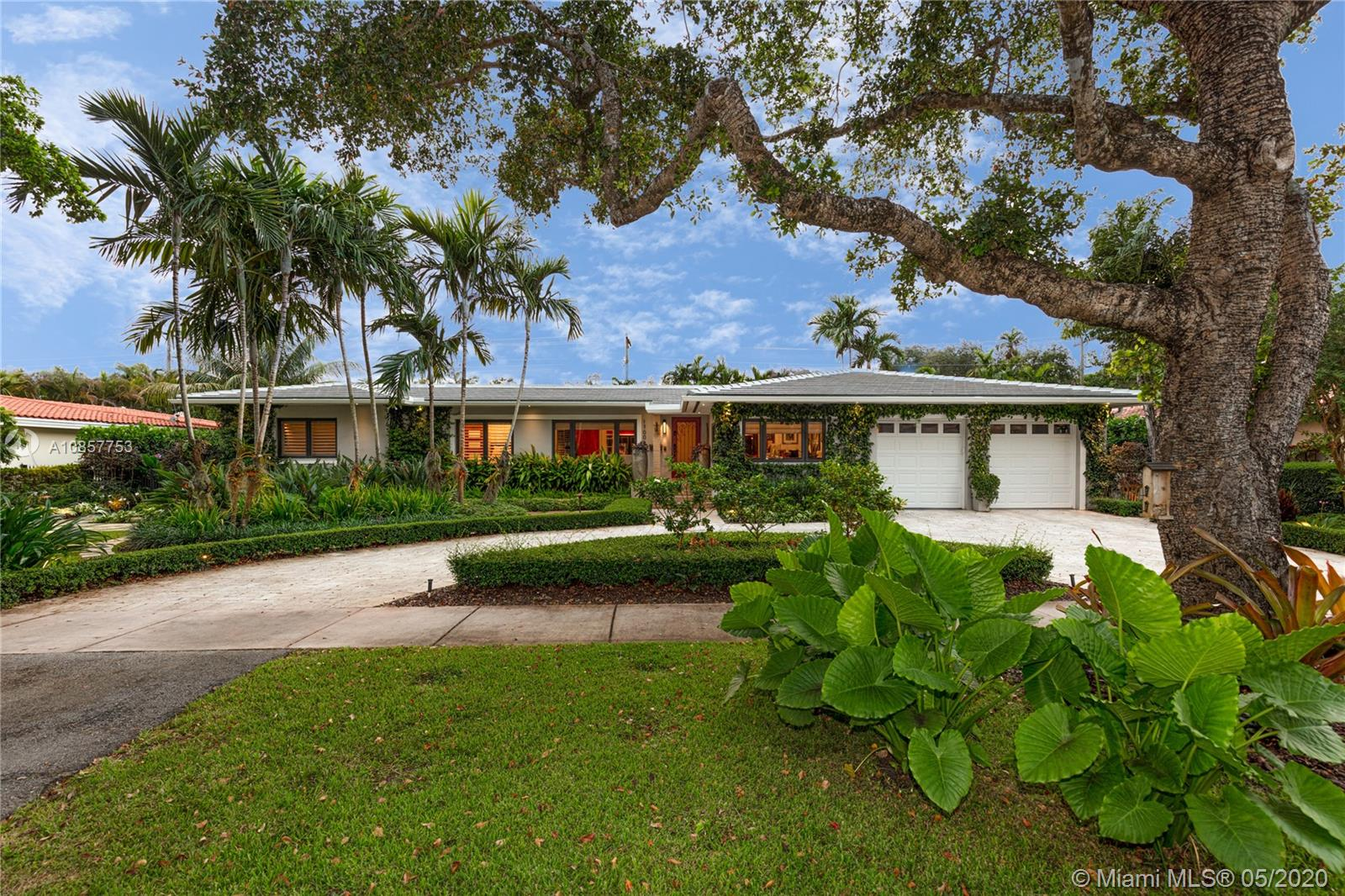 1700 Ferdinand St, Coral Gables, Florida 33134, 3 Bedrooms Bedrooms, ,3 BathroomsBathrooms,Residential,For Sale,1700 Ferdinand St,A10857753