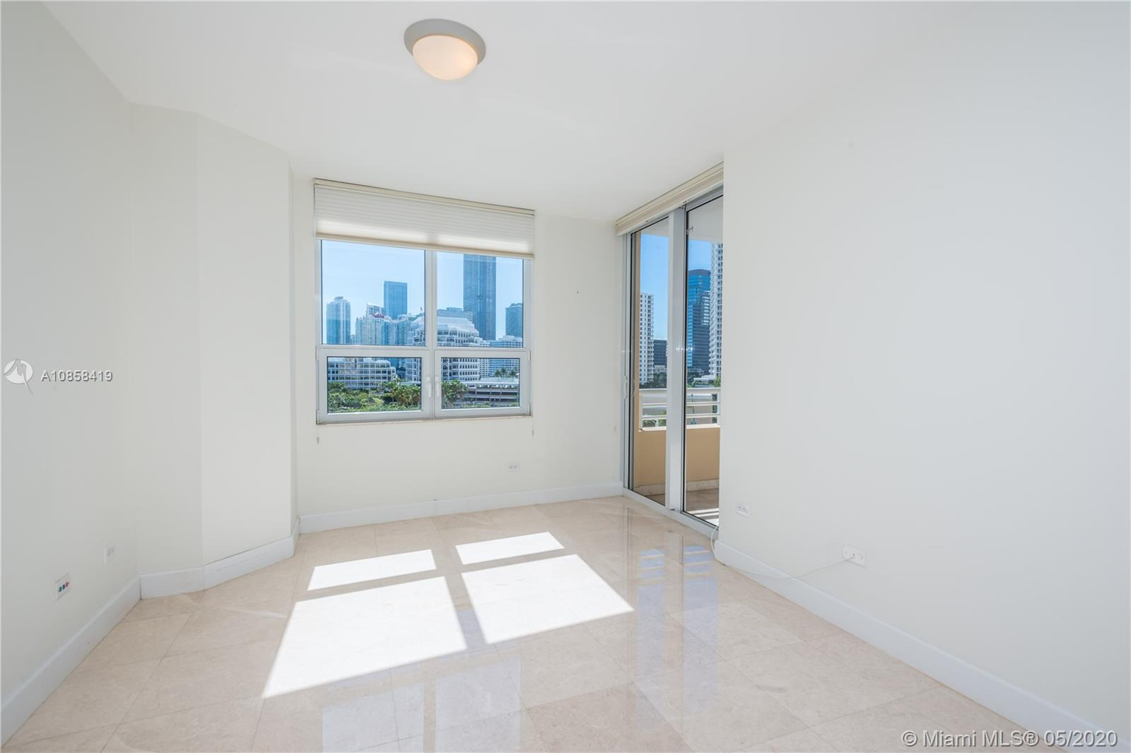 848 Brickell Key Dr #806 photo017