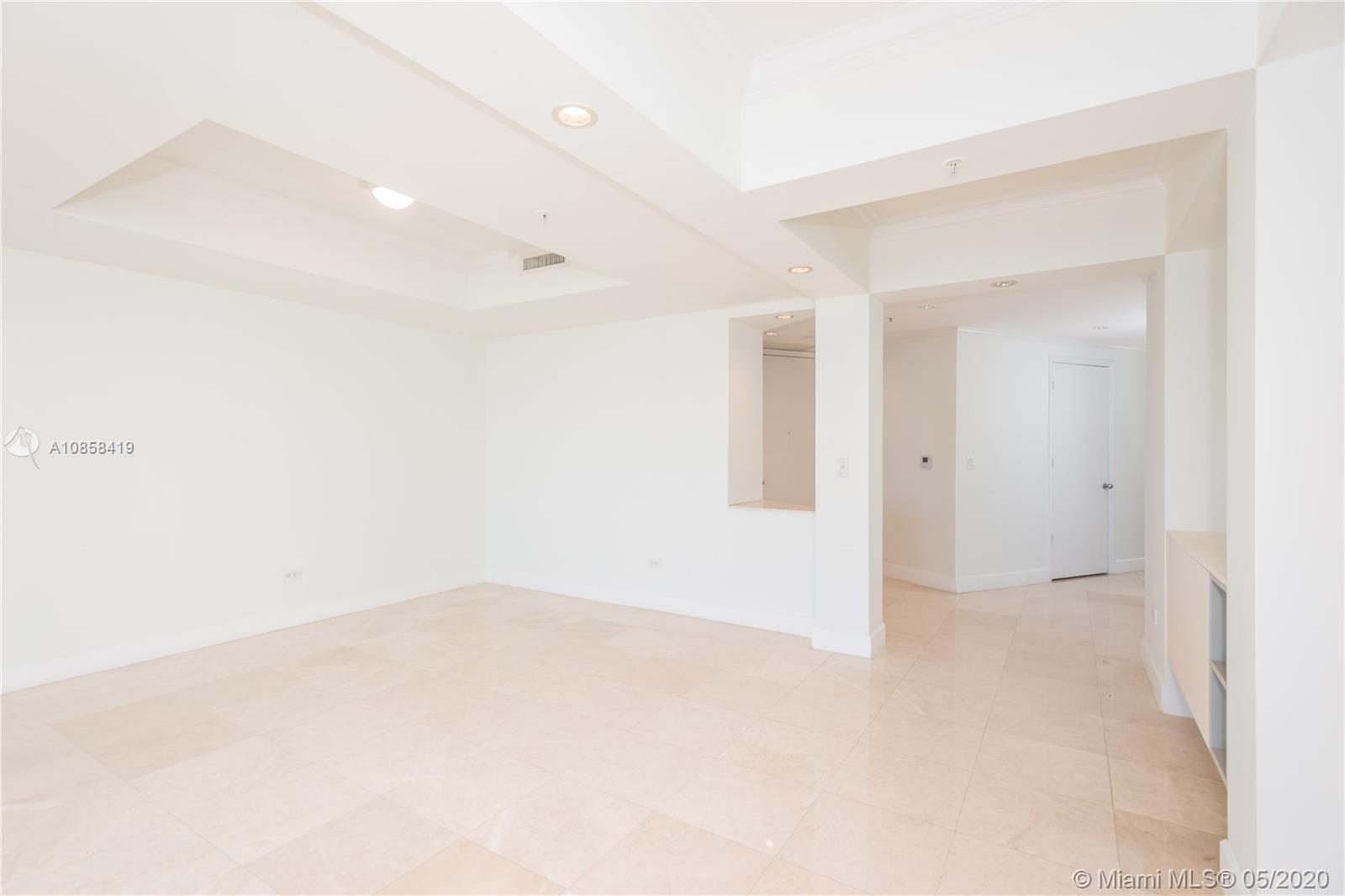 848 Brickell Key Dr #806 photo011