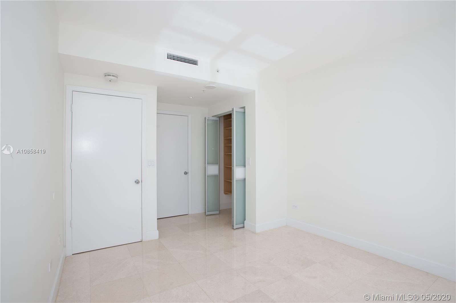 848 Brickell Key Dr #806 photo021