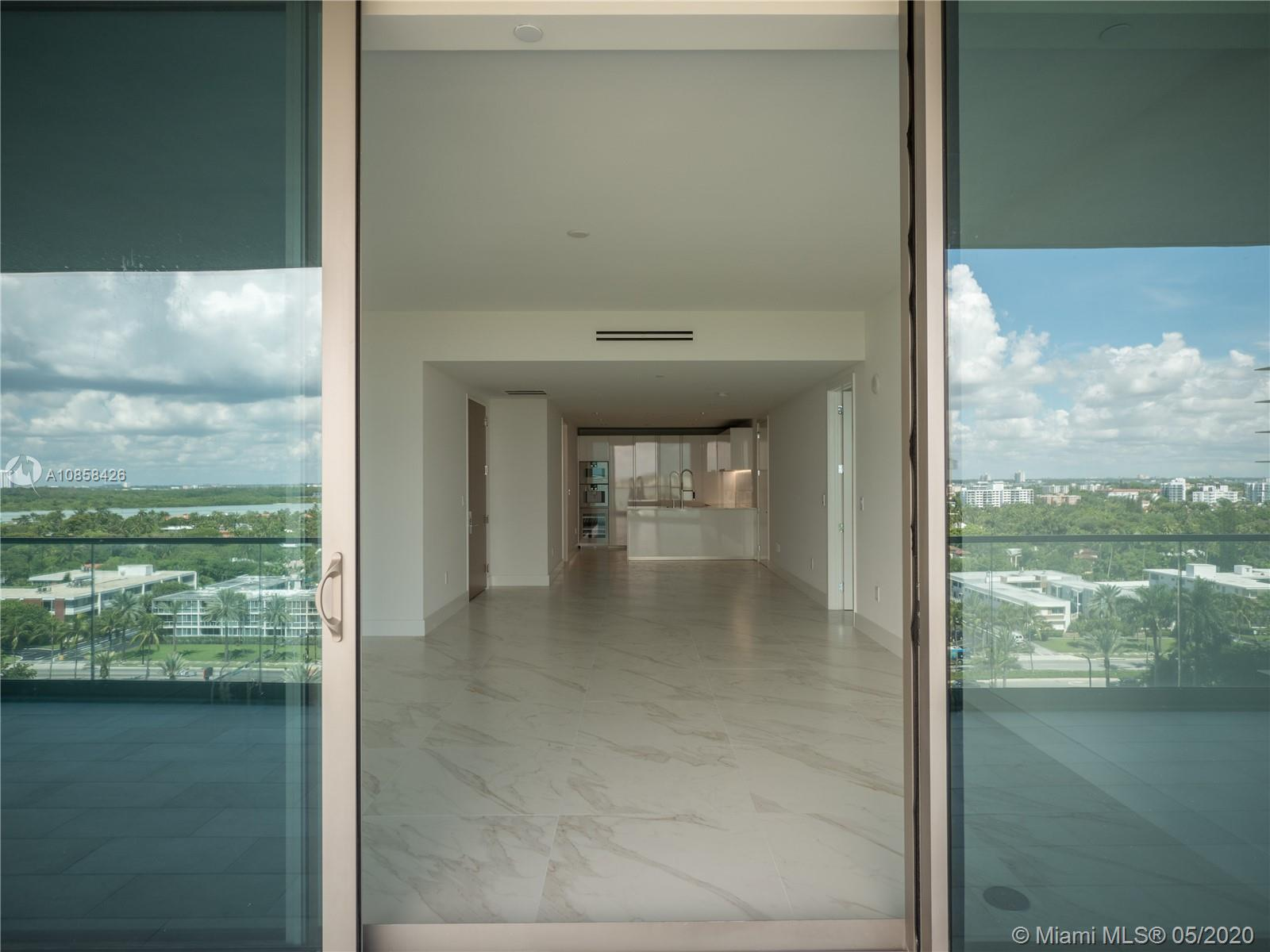 10201 Collins Ave #1005 photo013