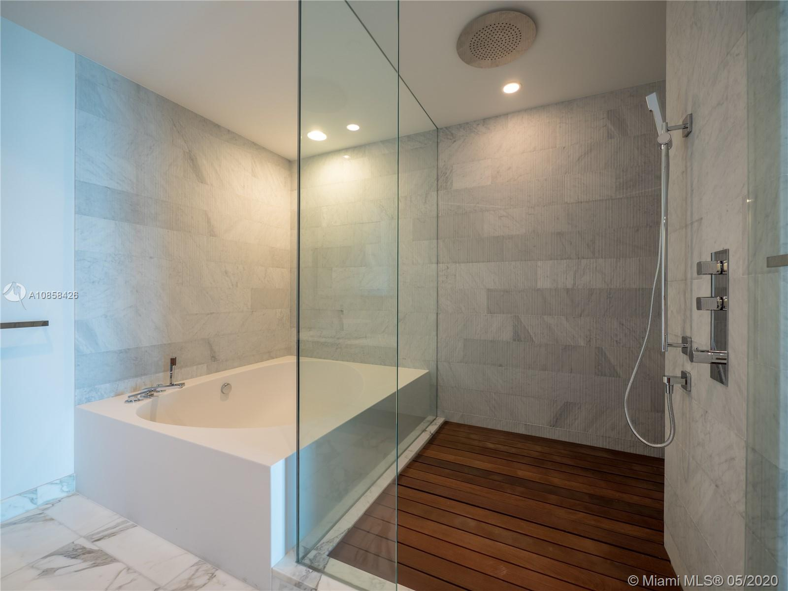 10201 Collins Ave #1005 photo08
