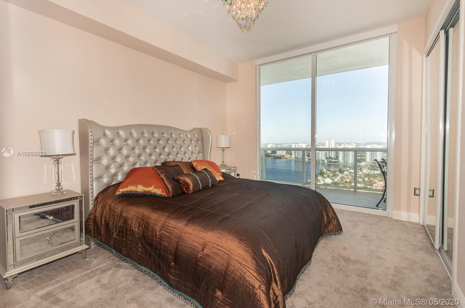 18101 Collins Ave #4608 photo010