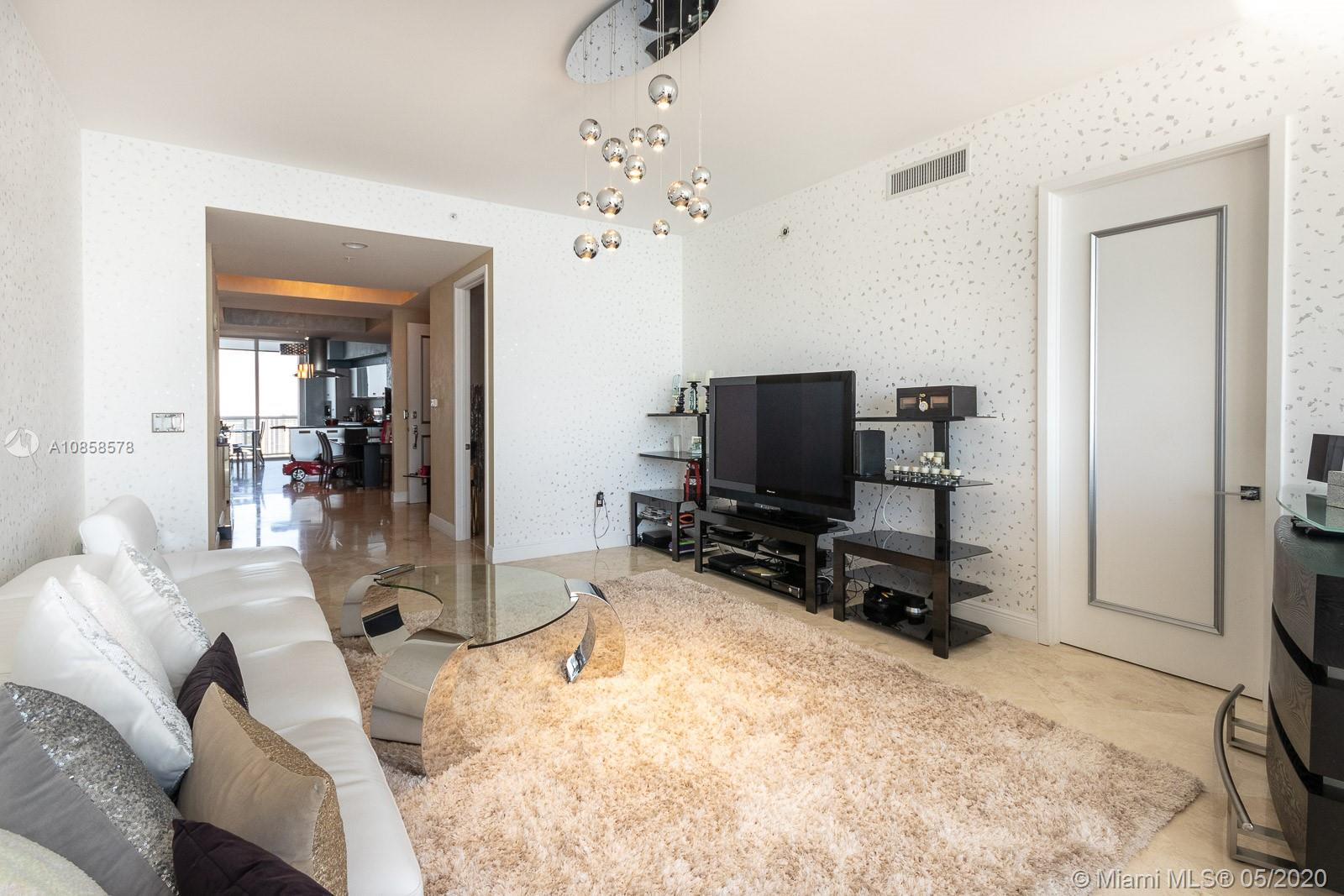 18101 Collins Ave #4608 photo04