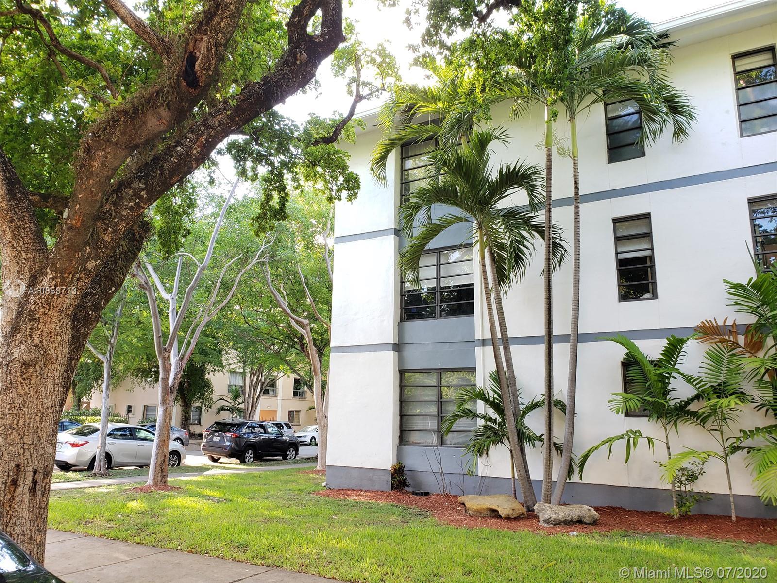 235 Antilla Ave # 8, Coral Gables, Florida 33134, 2 Bedrooms Bedrooms, ,3 BathroomsBathrooms,Residential,For Sale,235 Antilla Ave # 8,A10858713