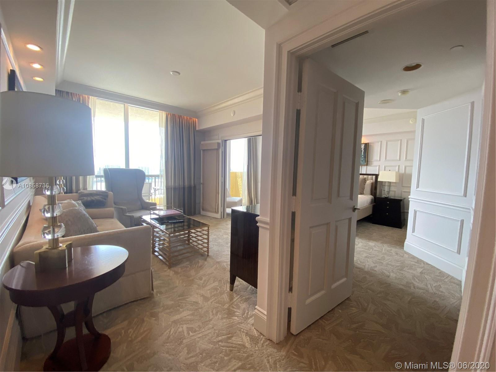 17875 Collins Ave #2603 photo08