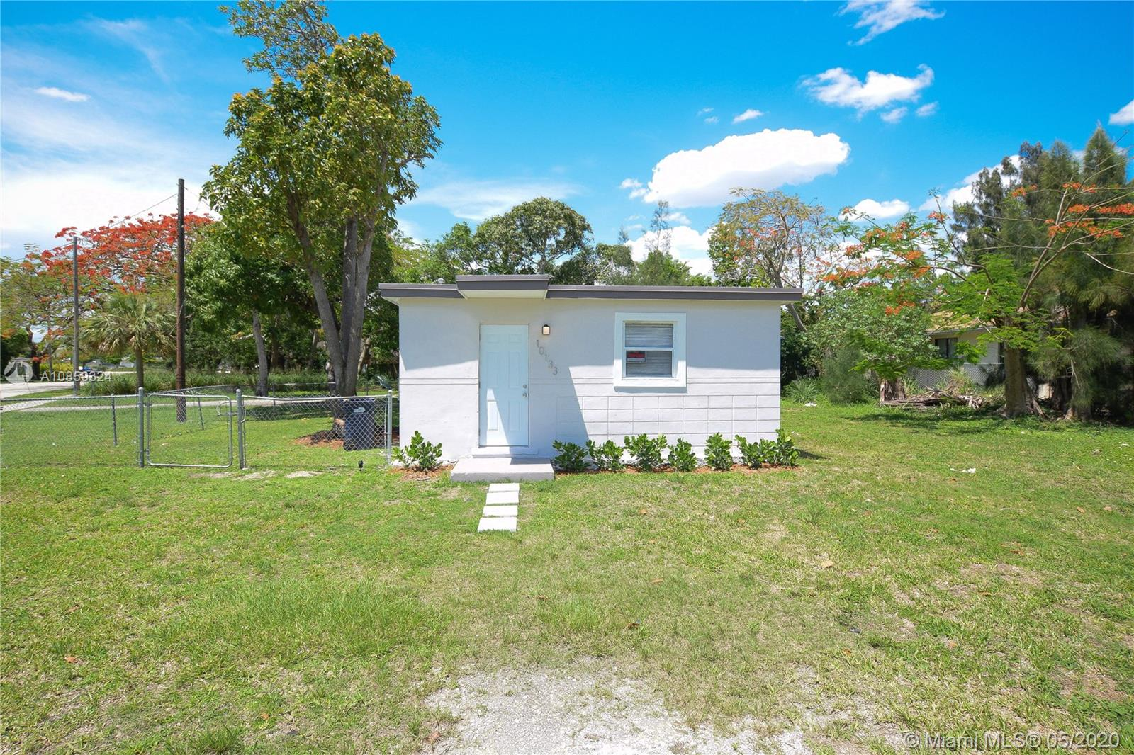 10133 W Jessamine St, Miami, Florida 33157, 2 Bedrooms Bedrooms, ,1 BathroomBathrooms,Residential,For Sale,10133 W Jessamine St,A10859324