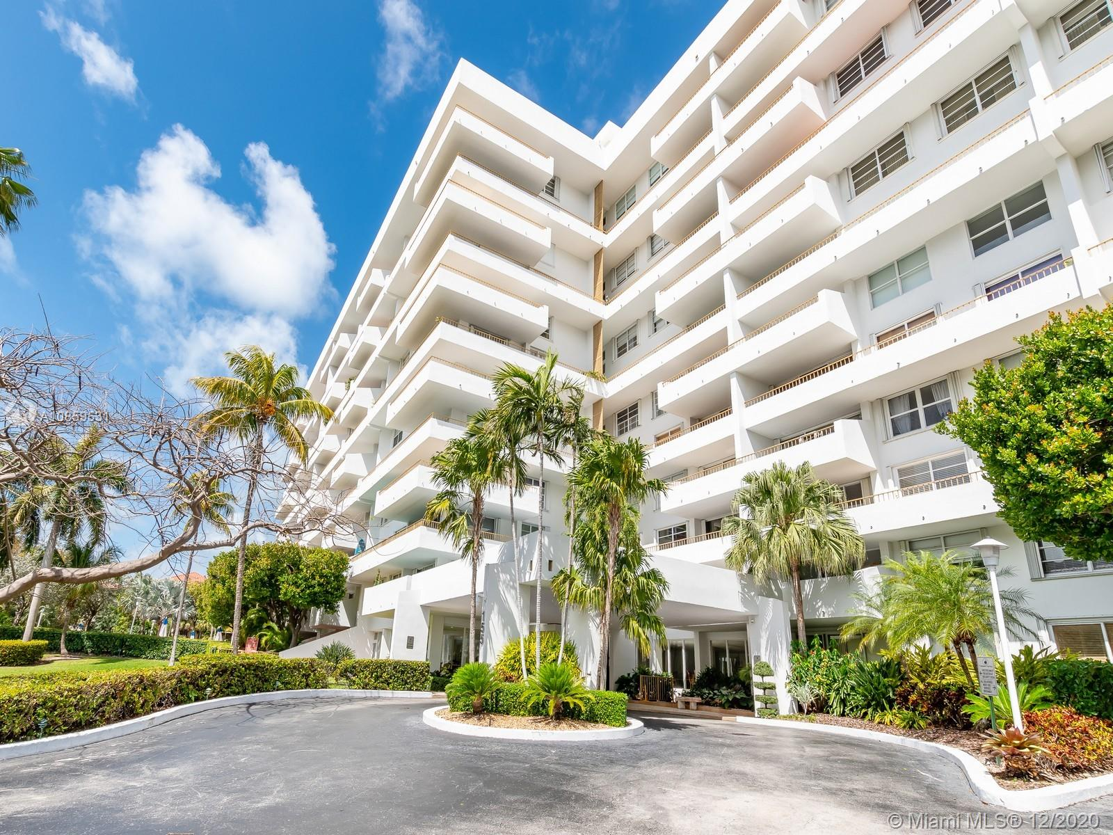 Commodore Club West #506 - 155 Ocean Lane Dr #506, Key Biscayne, FL 33149