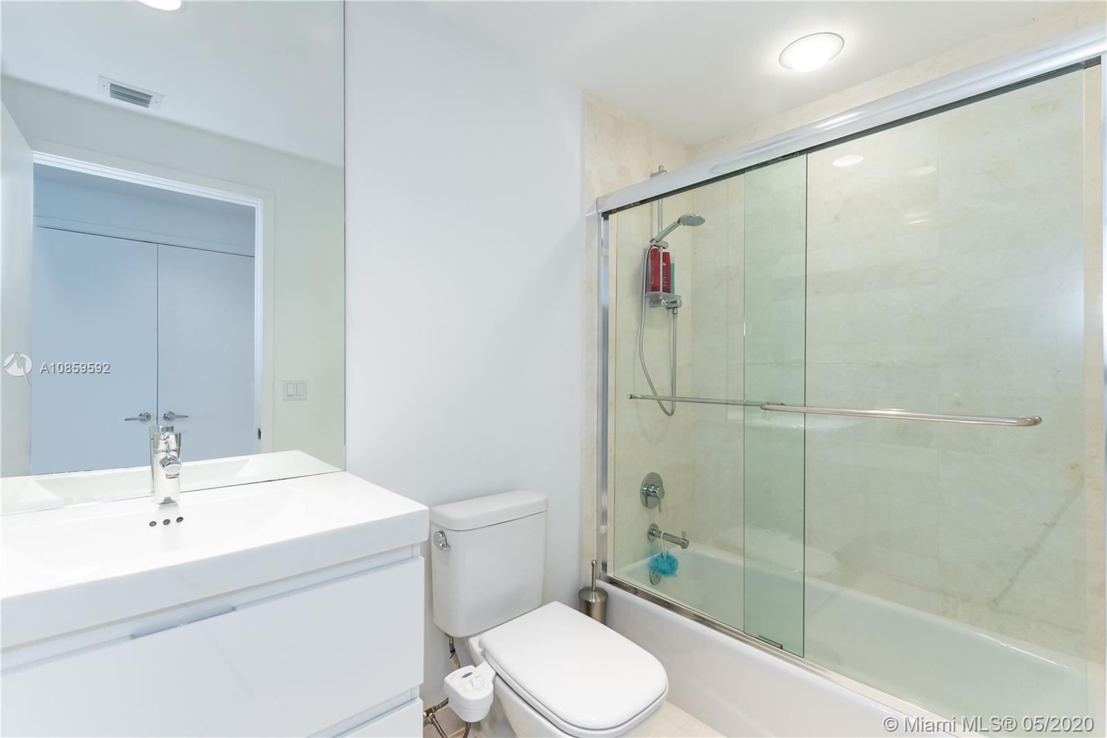 Property 17301 Biscayne Blvd #910 image 29