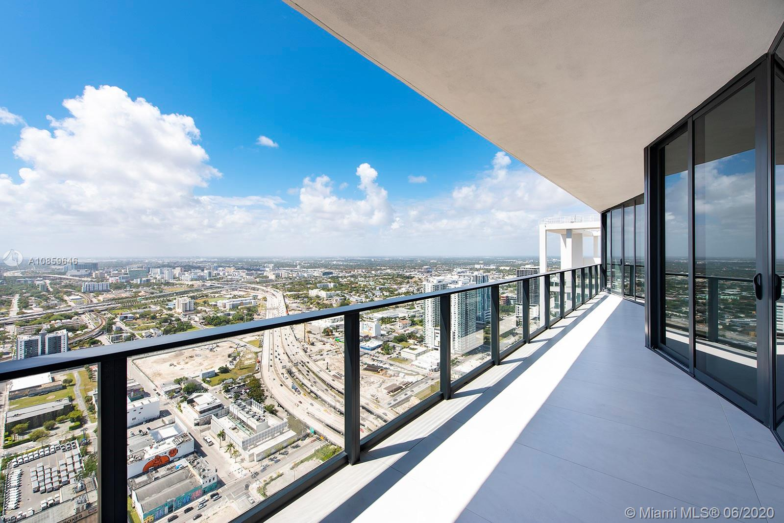 1000 Biscayne Blvd #4801 photo012