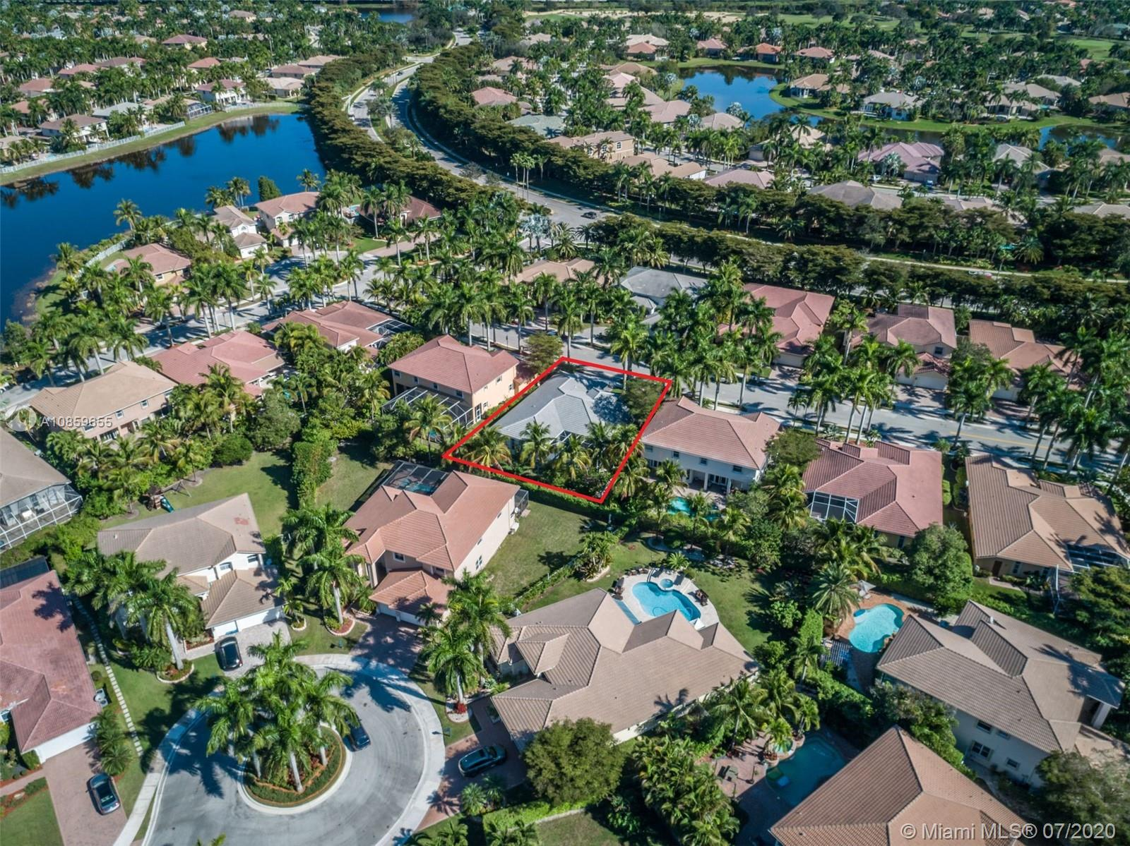 Property for sale at 1762 Harbor Pointe Cir, Weston,  Florida 33327