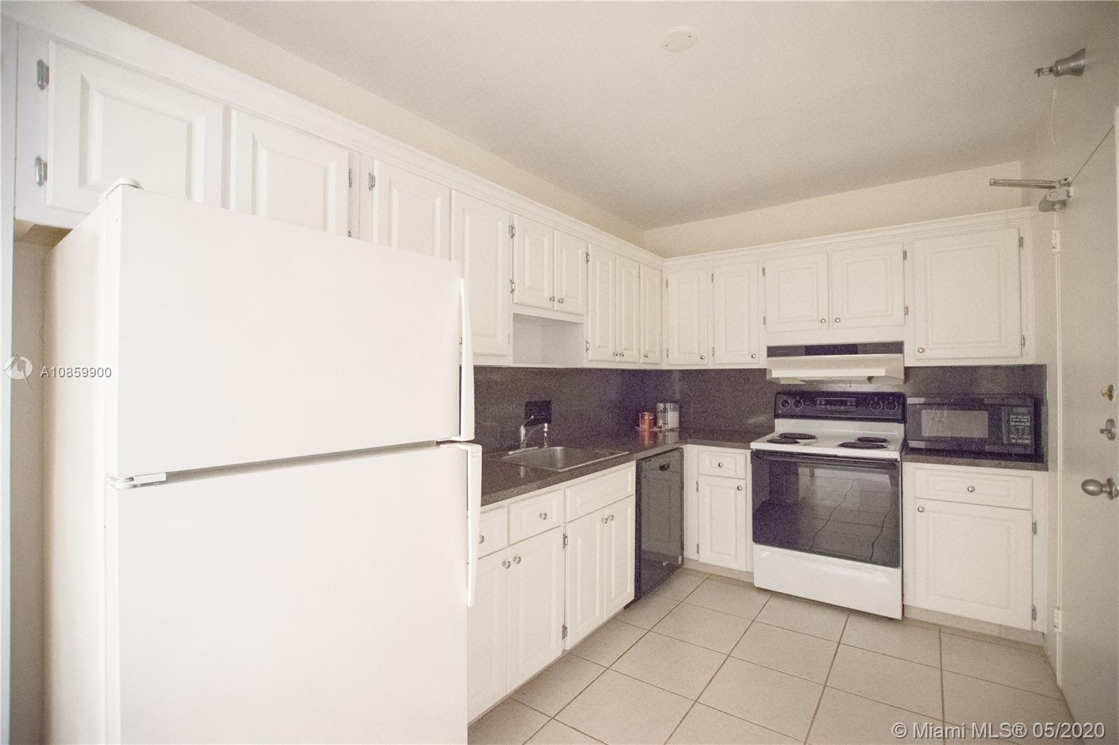 10185 Collins Ave #902 photo011