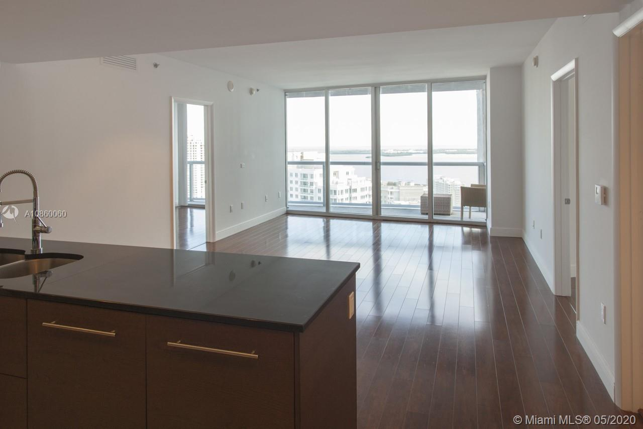 475 BRICKELL AVE #3507 photo01