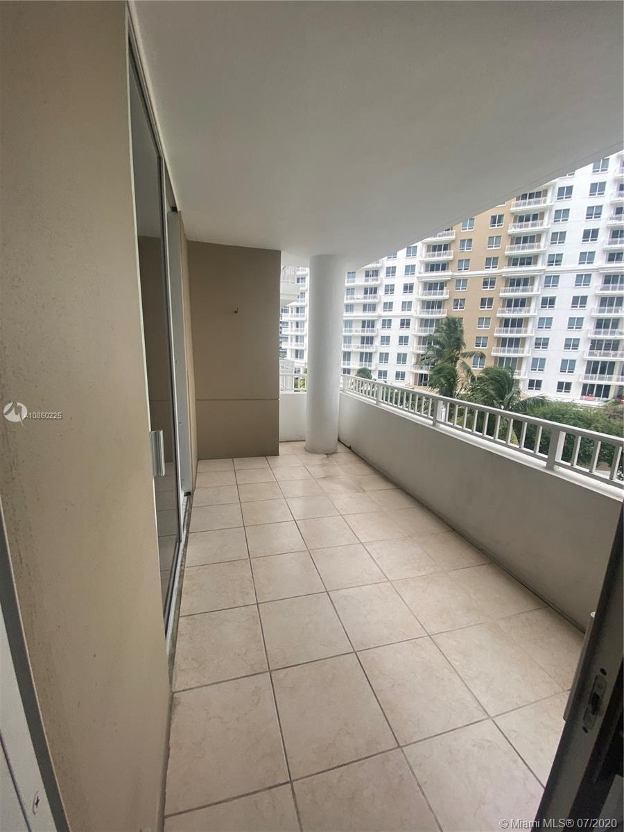 701 Brickell Key Blvd #607 photo018