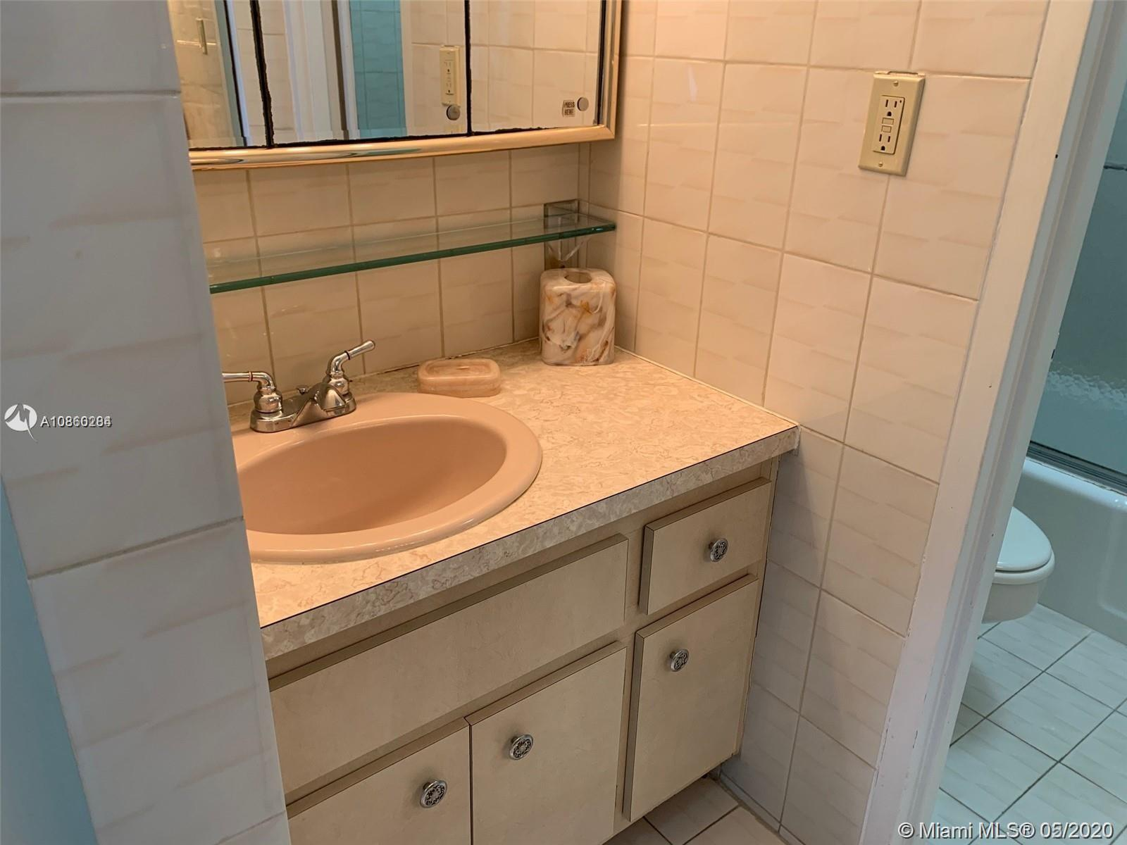 2899 Collins Ave #1246 photo016