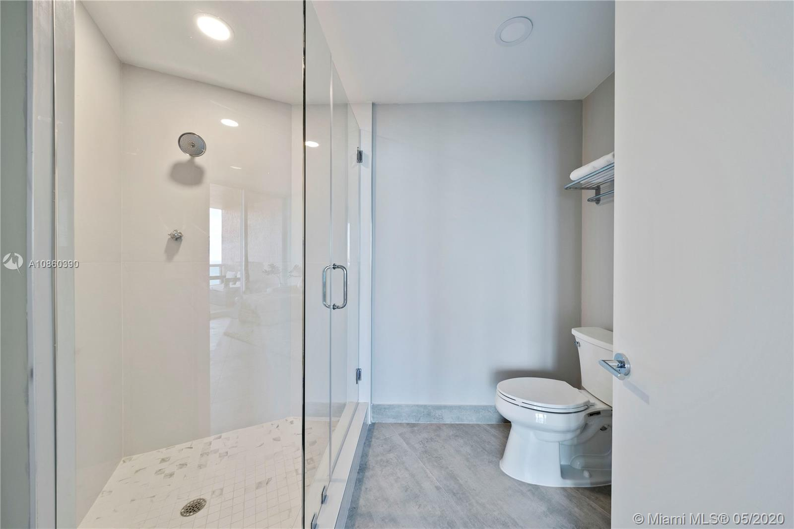 300 S Pointe Dr #3604 photo016
