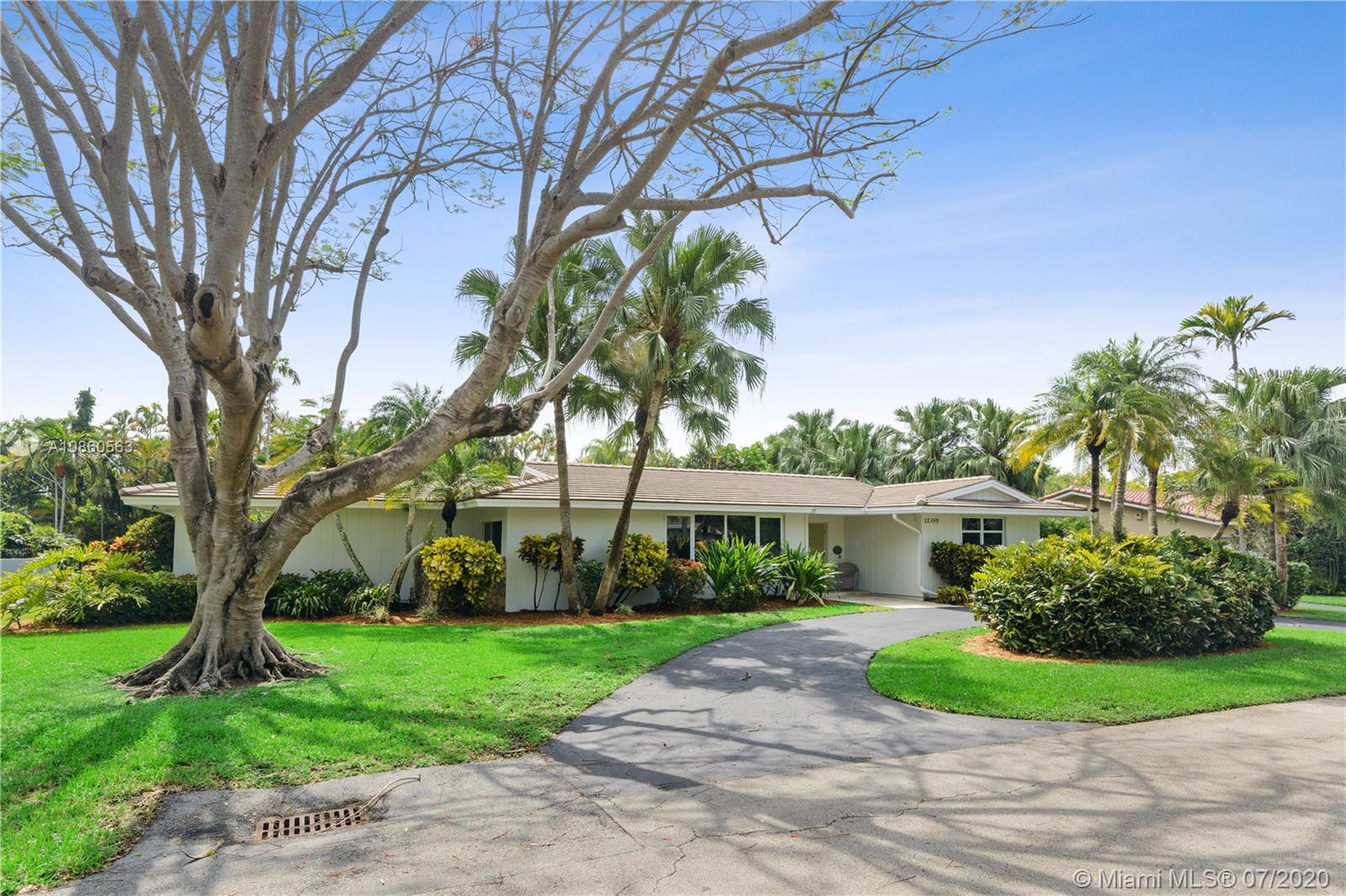 11355 SW 72nd Ct, Pinecrest, Florida 33156, 4 Bedrooms Bedrooms, ,3 BathroomsBathrooms,Residential,For Sale,11355 SW 72nd Ct,A10860563