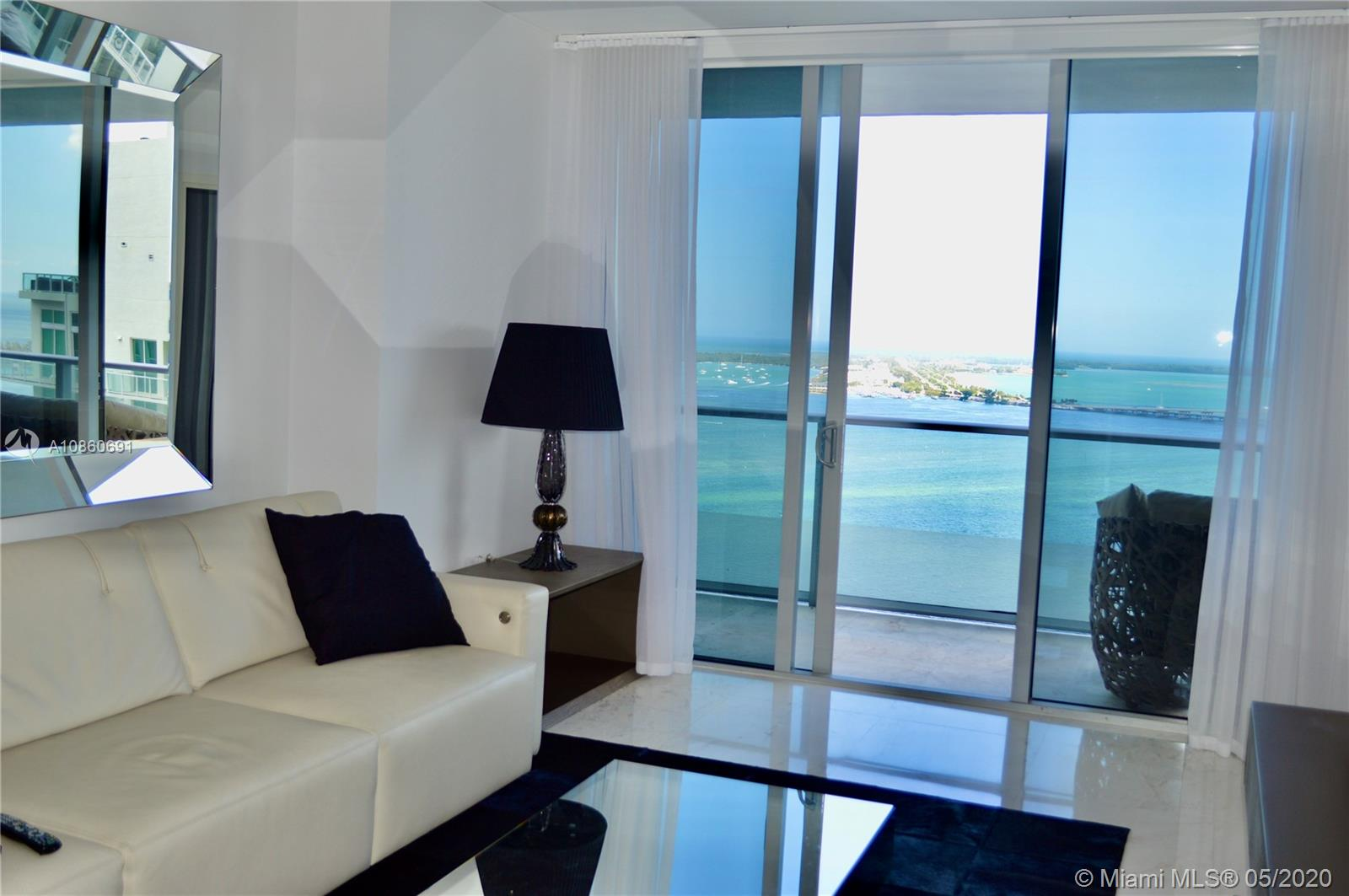 1300 Brickell Bay Dr #2807 photo08