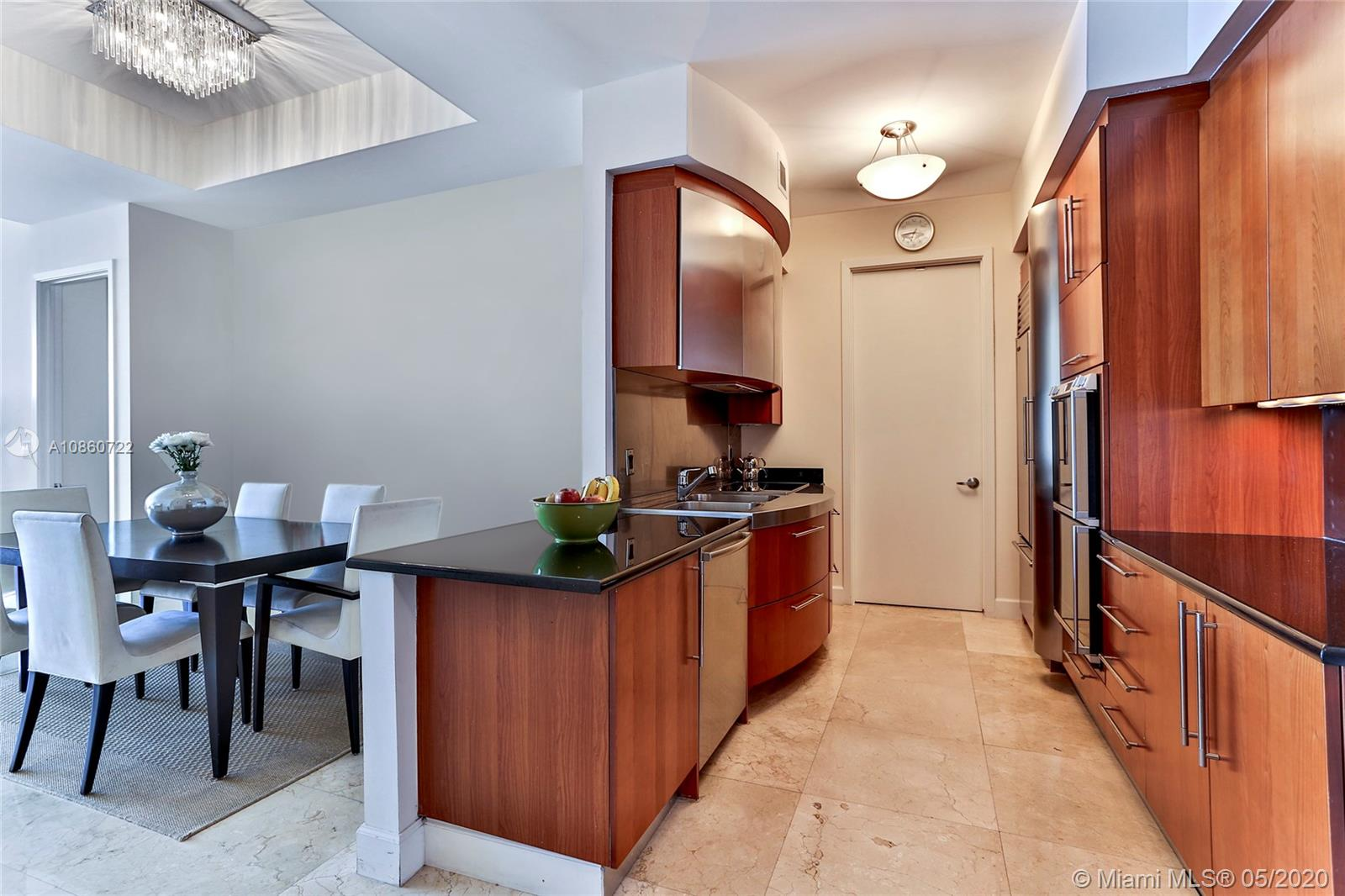 18101 Collins Ave #5204 photo04