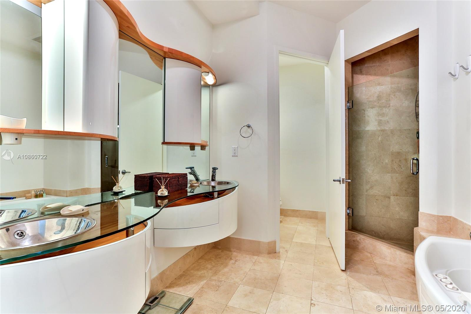 18101 Collins Ave #5204 photo021