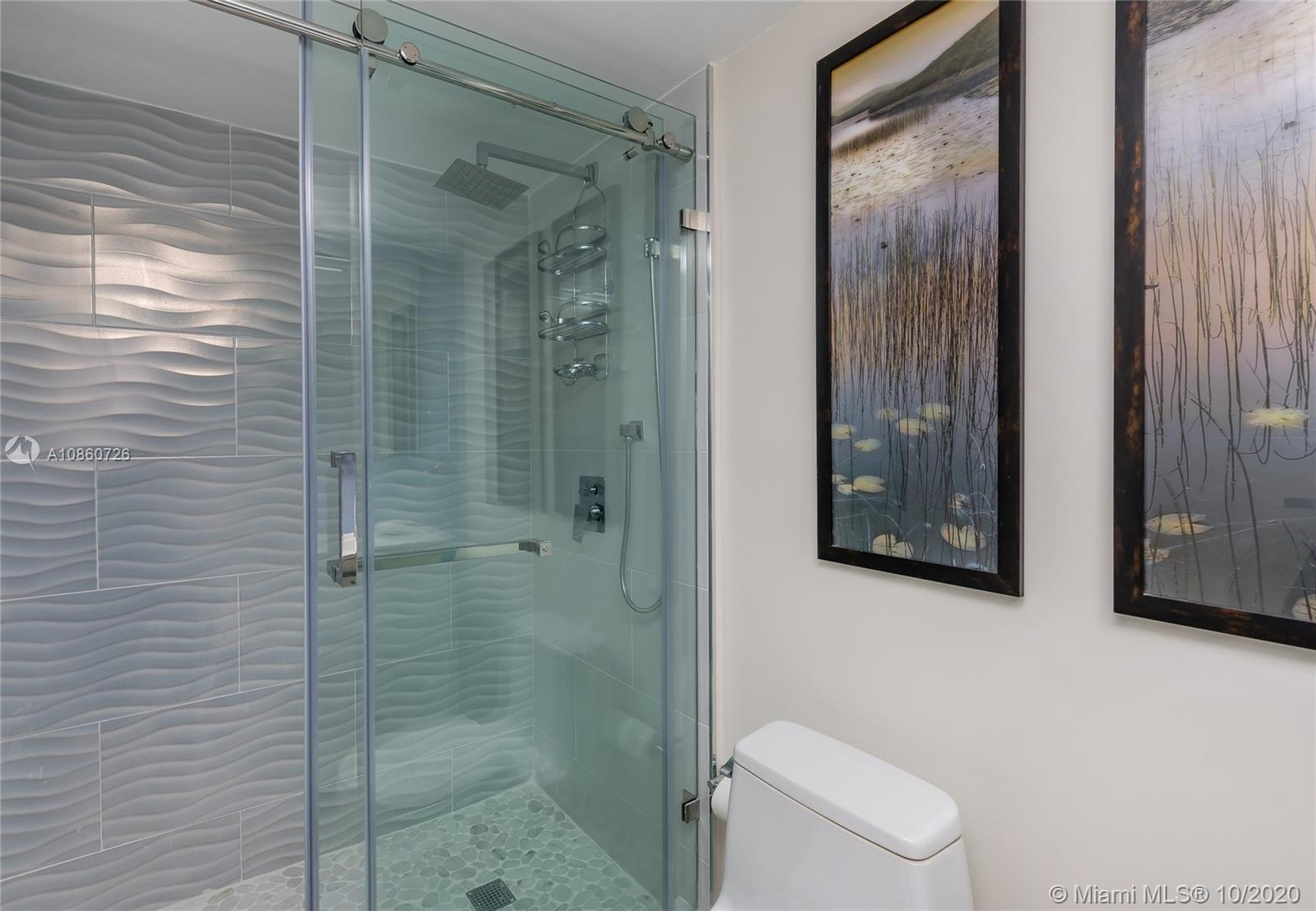5900 Collins Ave #1604 photo023