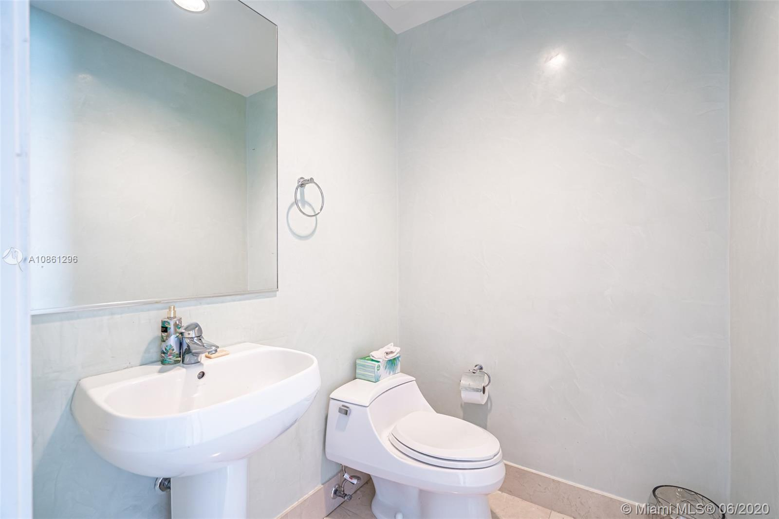 18101 Collins Ave #1502 photo010