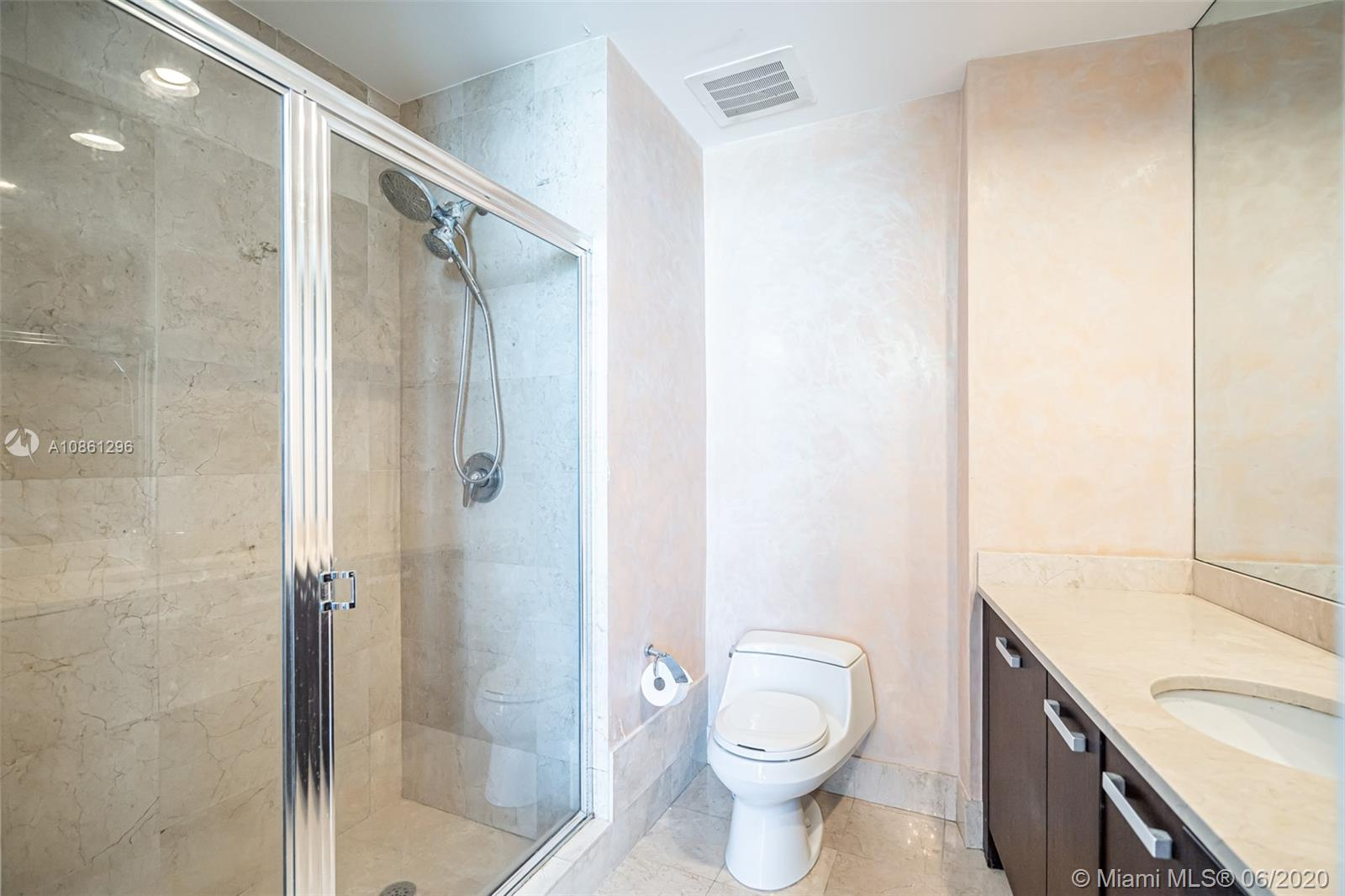 18101 Collins Ave #1502 photo015