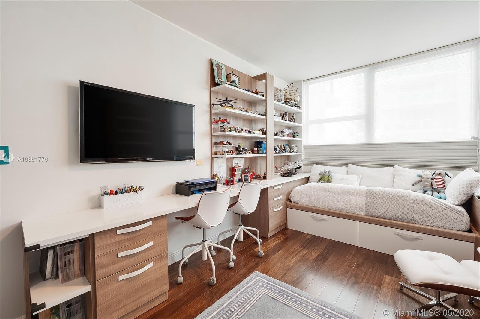 Photo of 3201 NE 183rd St #1901 listing for Sale
