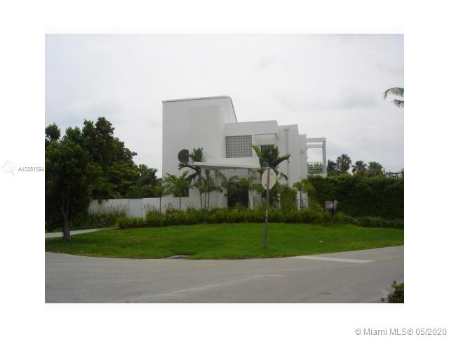 705 Curtiswood, Key Biscayne, Florida 33149, 5 Bedrooms Bedrooms, ,5 BathroomsBathrooms,Residential,For Sale,705 Curtiswood,A10861894
