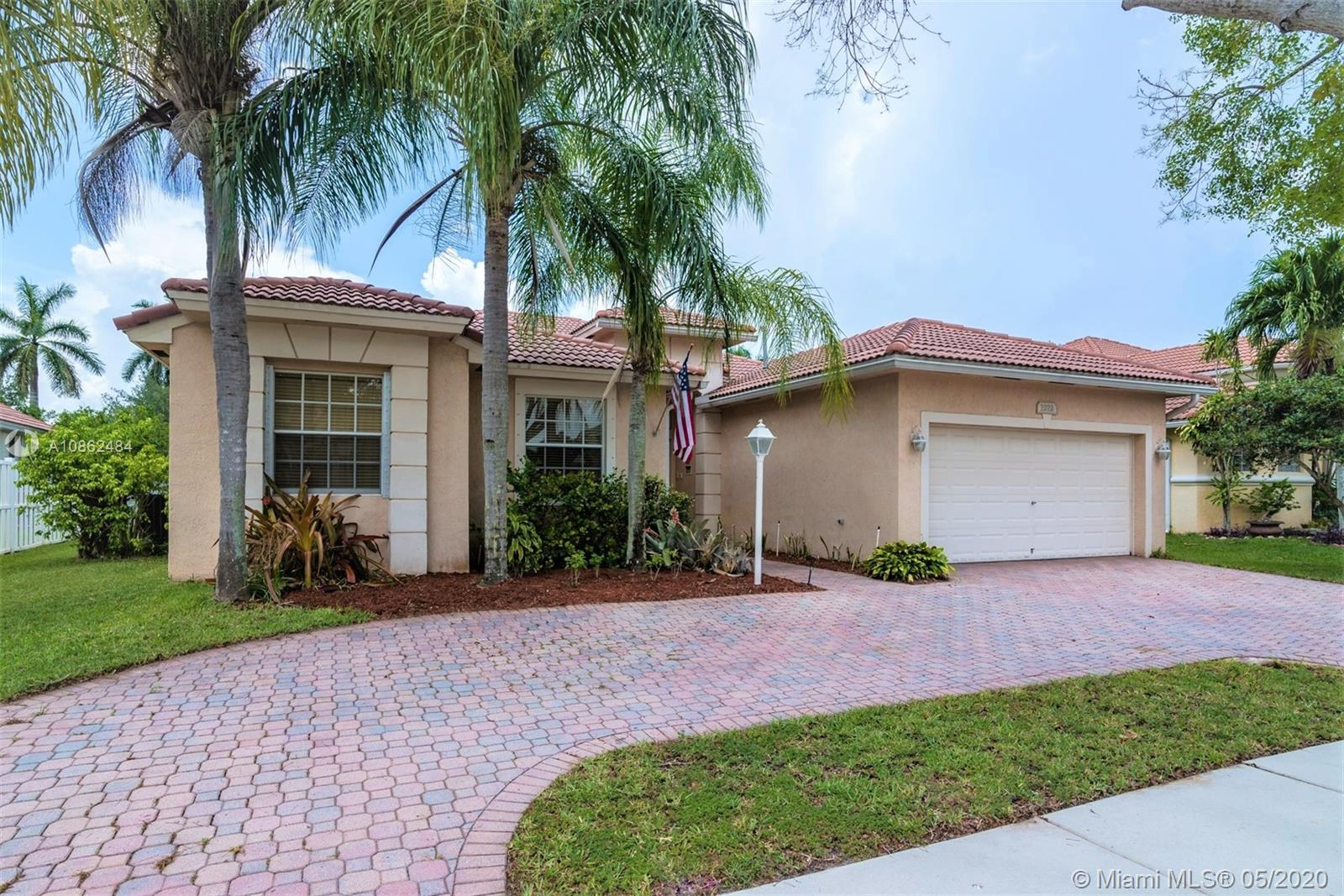 Property for sale at 1272 NW 141st Ave, Pembroke Pines,  Florida 33028
