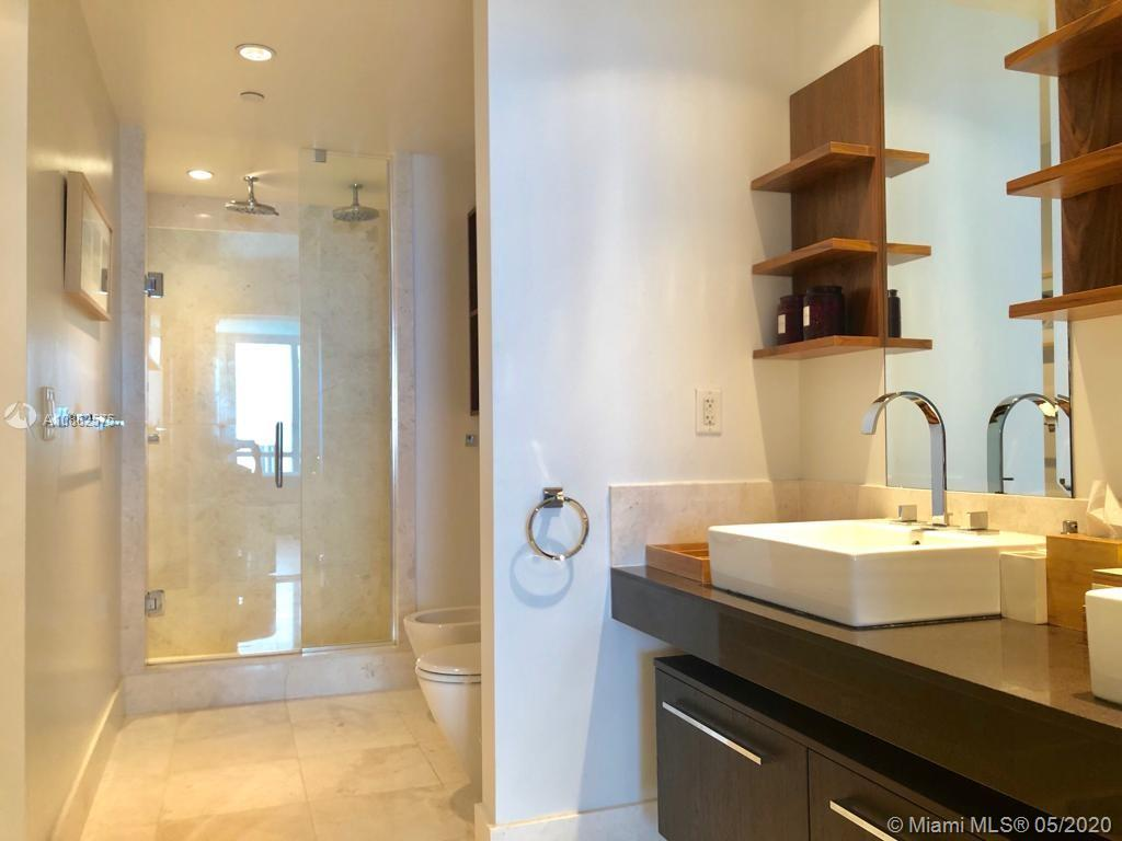 17121 Collins Ave #2107 photo018