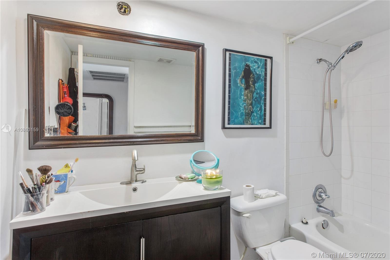 5555 Collins Ave #12H photo07