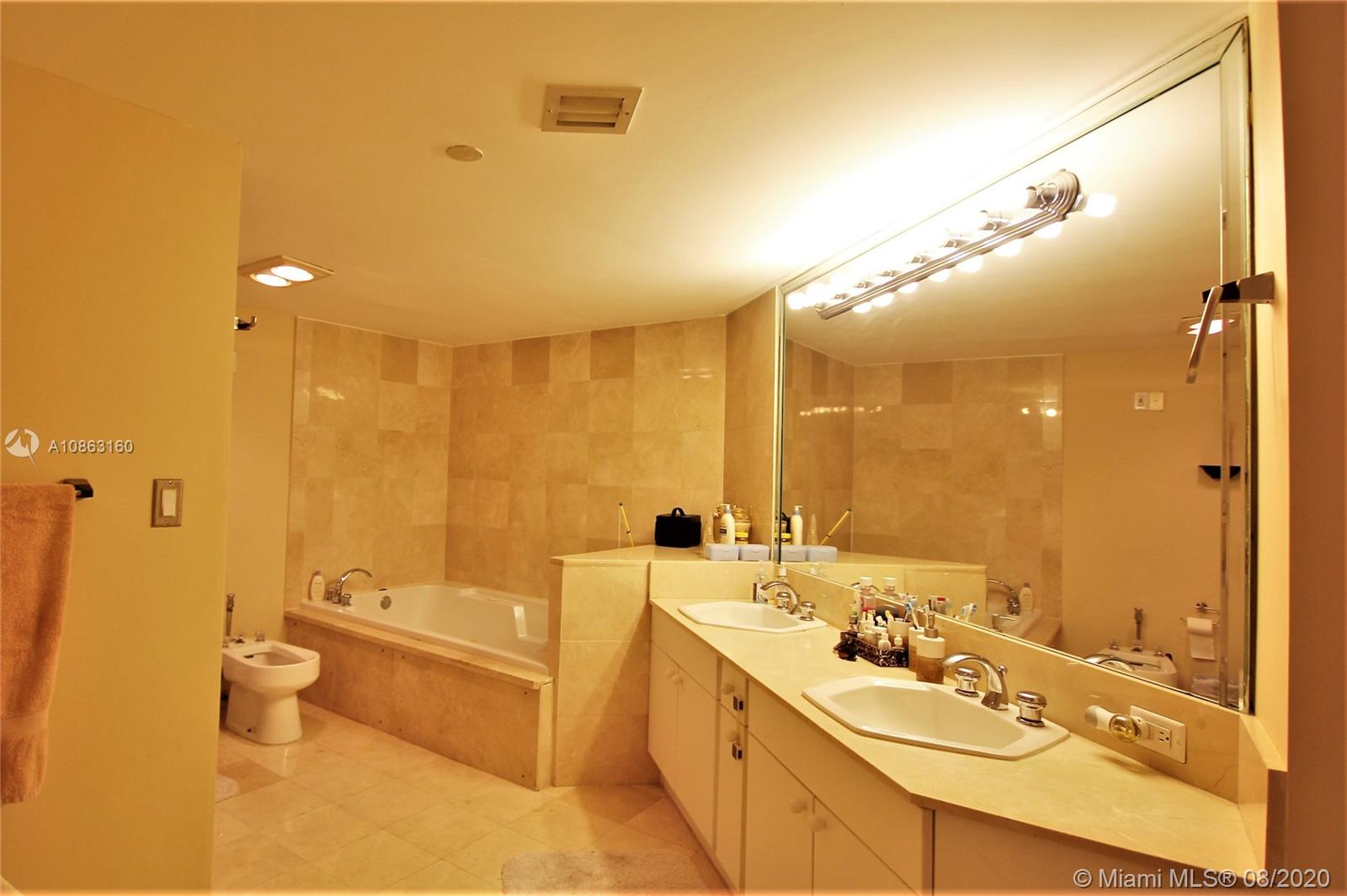 8855 Collins Ave #4G photo08