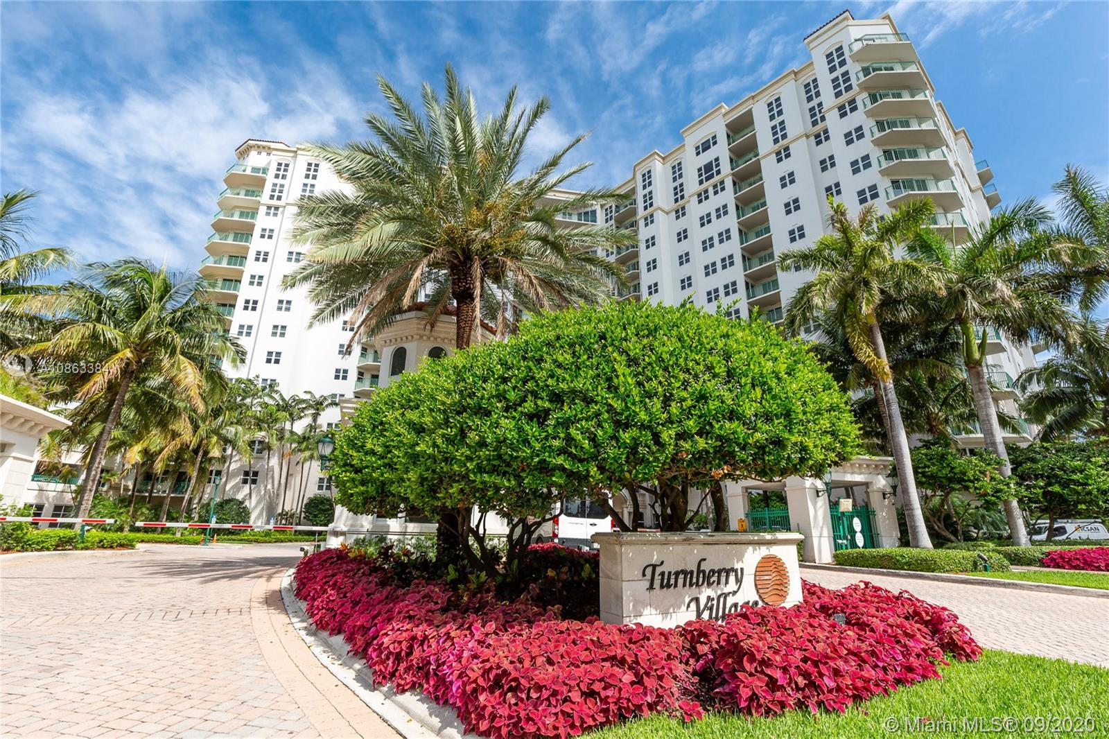 Turnberry Village North Tower #907 - 20000 E Country Club Dr #907, Aventura, FL 33180